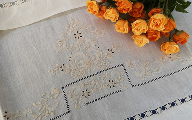 1 + 1 towels in pure linen with English Stitch embroidery and hand stitch - Linen - After 2000