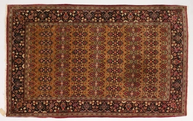 A GOOD KASHAN RUG first half 20th Century, beige ground