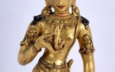 AN EARLY 20TH CENTURY CHINESE TIBETAN GILT BRONZE