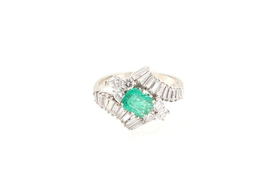 Diamant-Smaragd-Ring zus. ca. 2,40 ct