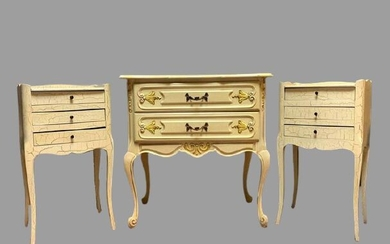 Furniture set - including 1 chest of drawers and 2 nightstands - Rococo Style - Lacquered wood - 20th century