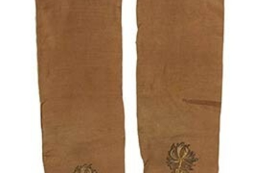 PAIR OF SILK MAN STOCKINGS Early 18th century Light brown...