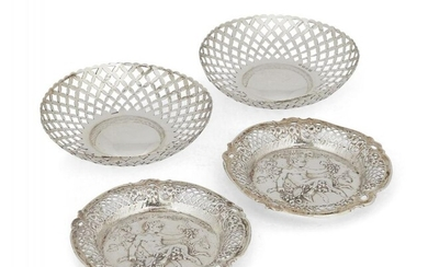 Two small silver dishes, London, c.1896, James...