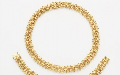 A 14k gold chain necklace and bracelet