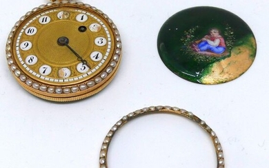 CH. OUDIN in Paris. WATCH of GOUSSET in yellow gold, surrounded by pearls, the back with enamelled decoration. Cockerel movement. 18th century. E,n condition, accidents and missing parts. Gross weight 26,1 g