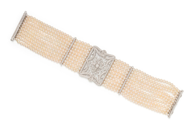 CULTURED PEARL AND DIAMOND BRACELET
