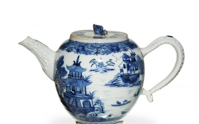 Chinese Export Blue and White Teapot, 18th Century