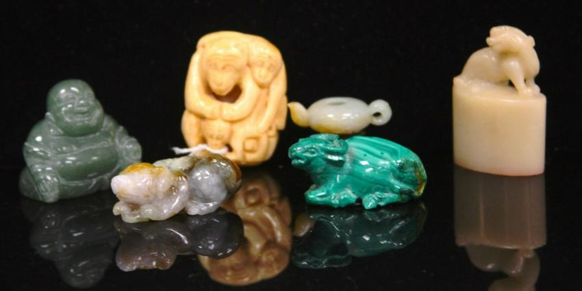 LOT OF (6) VINTAGE CHINESE CARVINGS