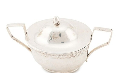 SMALL SILVER SUGAR BOWL, 18TH CENTURY.