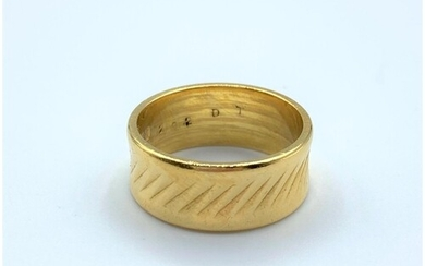 Vintage top quality 22ct Gold Ring, 7.7g size size M/N.