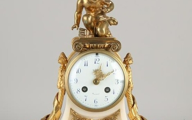 19th Century French Carrara marble mantel clock with