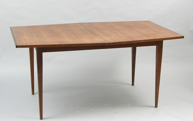 A Mid-Century Modern Dining Table Designed By Paul McCobb