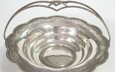 A basket silver - .833 silver - Europe - Mid 20th century