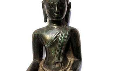 Ancient bronze Buddha taking the earth as witness (1) - Bronze - Cambodia - Late 18th century - early 19th century