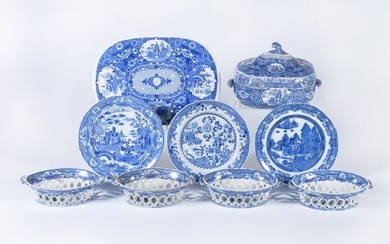 Assorted Spode blue and white printed pearlware