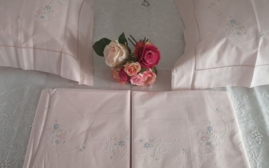 Bellavia cotton percale hand embroidery sheets. Pink color - Cotton - 21st century
