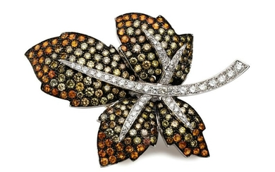 DIAMONDS AND WHITE GOLD LEAF BROOCH