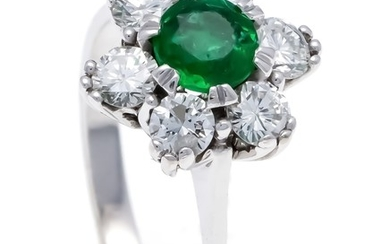 Emerald-Brilliant-Ring WG 585/000 with a round faceted emerald...
