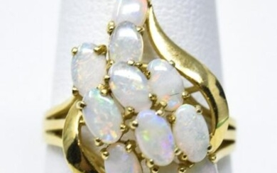 Estate 14kt Yellow Gold & Opal Cabochon Ring