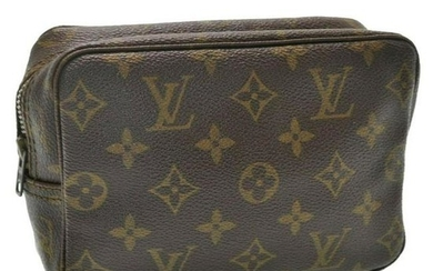 Louis Vuitton Trousse Toilette 18