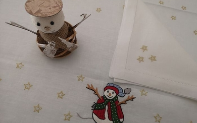 Prestigious Christmas tablecloth x12 in 100% pure linen, hand stitched embroidery - Linen