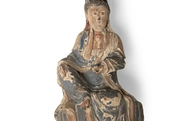 WOODEN SCULPTURE OF WATER-AND-MOON GUANYIN QING