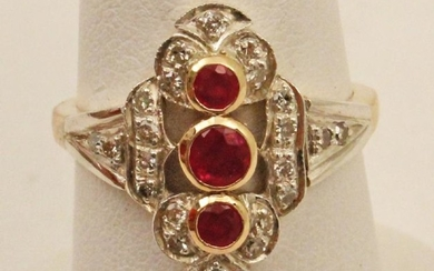 18K DIAMOND AND RUBY LADY'S RING