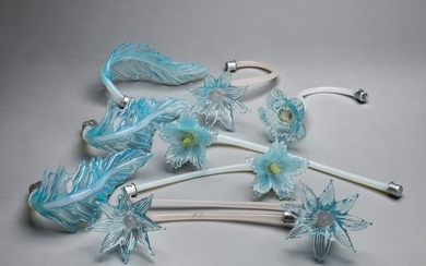 (9) Italian Murano hand-formed glass flowers & leaves