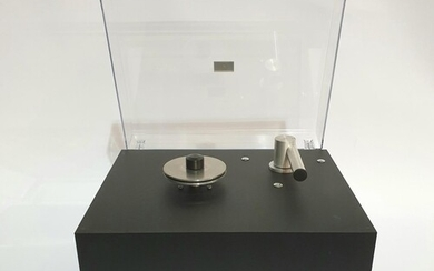 A Pro-ject Audio systems vinyl record cleaning machine, mode...