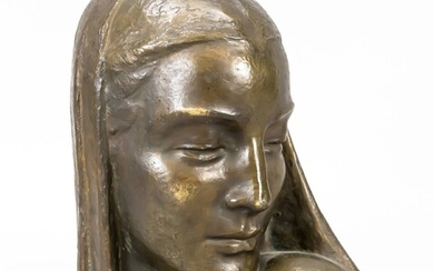 Anonymous sculptor around 1920, bust of a woman with a discreet headscarf turning to her left shoulder, patinated bronze, unsigned, min. calc., h. 31 cm