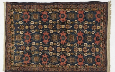SENNE' Hand-knotted and hand-worked carpet, motif to
