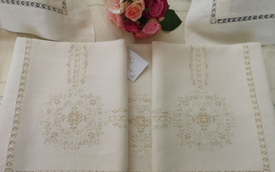 100% linen double sheet museum with Aug Point embroidery and full point by hand - Linen - AFTER 2000