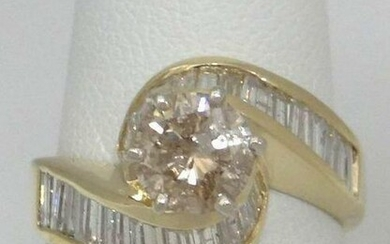 14K YELLOW GOLD 2.00ct DIAMOND ROUND SOLITAIRE BAGUETTE