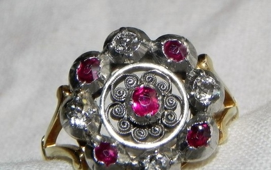 15 kt. Gold - Art Nouveau Art Deco Ruby / Brilliant Ring Diamond