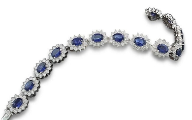 18 kt. White gold - Bracelet - 18.30 ct Magnificent bracelet with sapphire diamonds in brilliant cut expertise ALGT