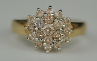 Diamond Cluster (1.9ct) - 9K Yellow gold - Ring