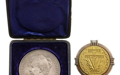 A Dutch silver medal on Wilhelmina, Queen of the