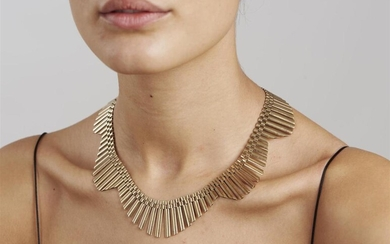 A GOLD NECKLACE BY CHAINCRAFT