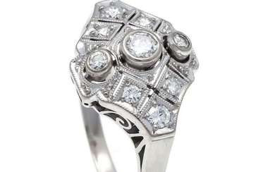 Art Deco diamond ring WG