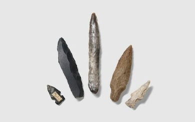 COLLECTION OF LITHICS VARIOUS, NEOLITHIC ERA