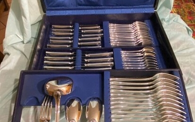 Dinner set for 12 (76) - Silverplate, silvered 90/10