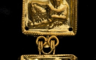 Etruscan gold belt-hook depicting a reclined figure, First half...