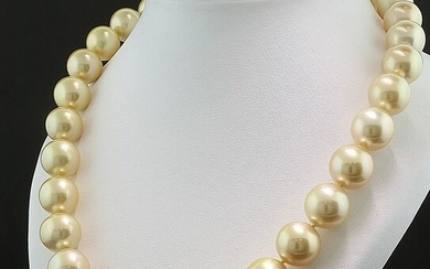 Low Reserve Price - 18 kt. Gold - Necklace, Necklace Golden South Sea pearl necklace, huge 12.2-16.1 mm diamond clasp top luster