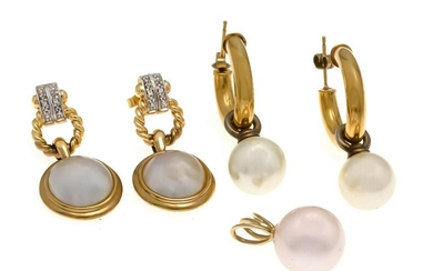 Mixed lot of pearl jewelry GG 333/000 with white shell