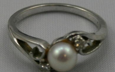 Pearl & Diamond 18ct. White Gold Crossover Ring