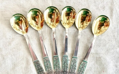 Russian silver - A set of magnificent spoons - Museum quality - Gold gilded(6) - .875 (84 Zolotniki) silver - T33 - Russia - Mid 20th century