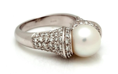White gold fancy ring, 18 kt, set with pearl and
