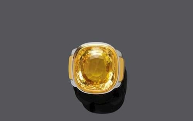 YELLOW CEYLON SAPPHIRE AND GOLD RING, BY HEMMERLE.