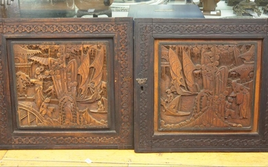 A PAIR OF CHINESE ANTIQUE CARVINGS ON PANELS, 47 X 50CM EA, LEONARD JOEL LOCAL DELIVERY SIZE: SMALL