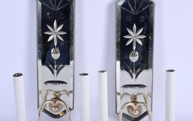 A PAIR OF EARLY 20TH CENTURY VENETIAN GLASS WALL